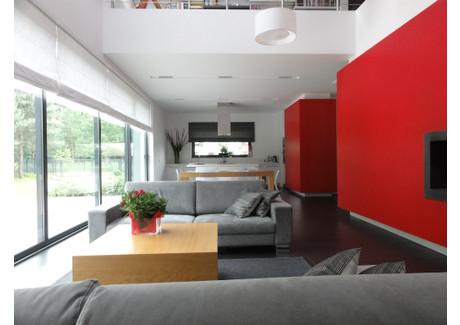 Dom do wynajęcia - Ptaków Leśnych Konstancin-Jeziorna, Piaseczyński, 270 m², 10 900 PLN, NET-1810