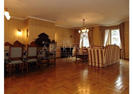 Dom na sprzedaż - Pabianice, Pabianicki, 511 m², 990 000 PLN, NET-AP793919