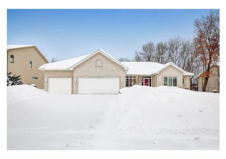 Dom na sprzedaż - 671 Crimson Leaf Trail Eagan, Usa, 301,56 m², 500 000 USD (1 900 000 PLN), NET-57700399