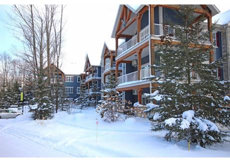 Mieszkanie na sprzedaż - 160 Rue du Cercle-des-Cantons, Bromont, QC J2L3N6, CA Bromont, Kanada, 95 m², 299 500 CAD (856 570 PLN), NET-57700550