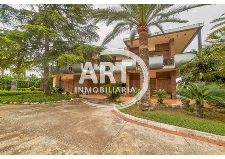 Dom na sprzedaż - L'eliana, Hiszpania, 921 m², 1 600 000 Euro (6 848 000 PLN), NET-59439065